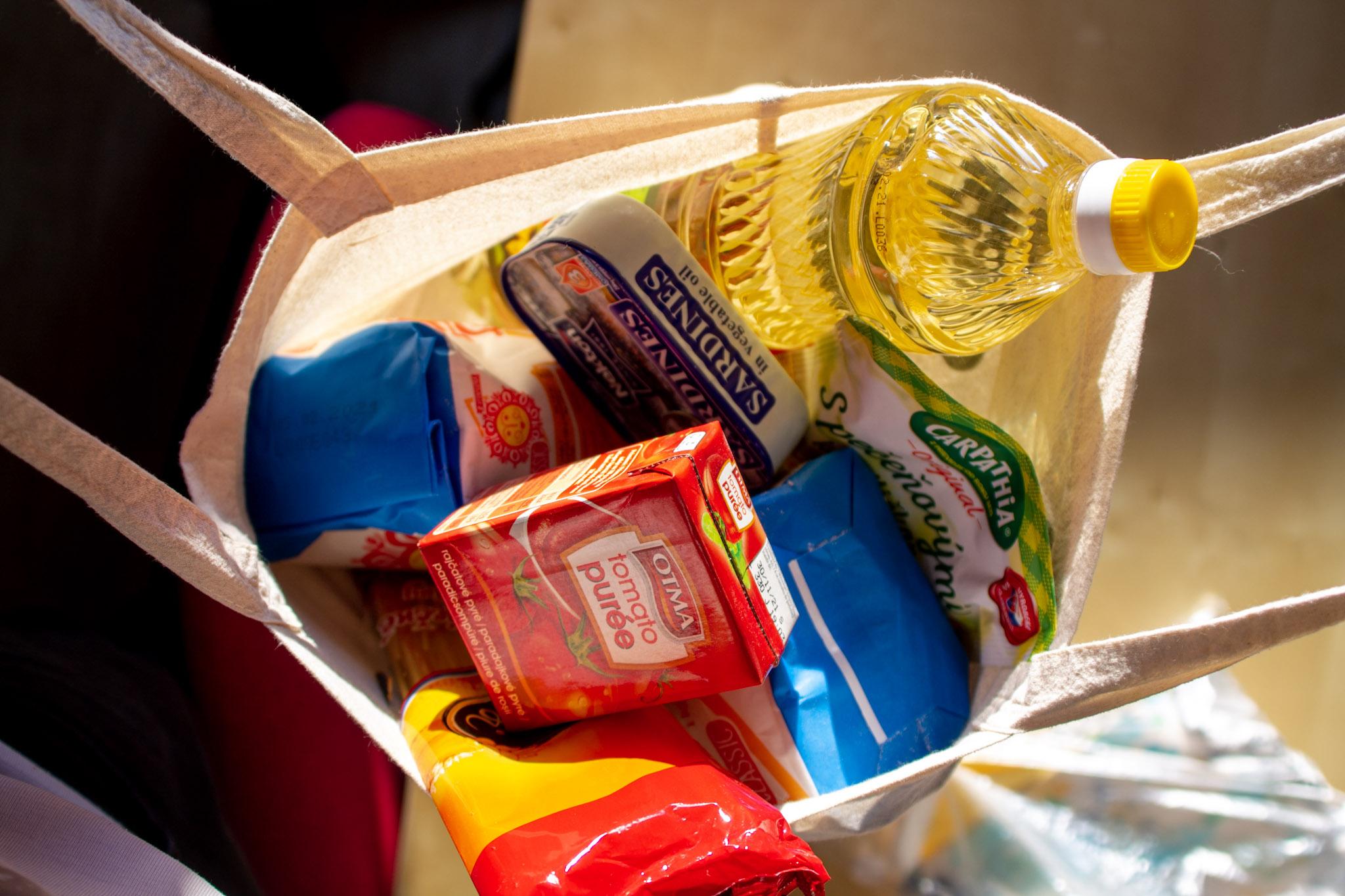 Nákupná taška plná nákupu