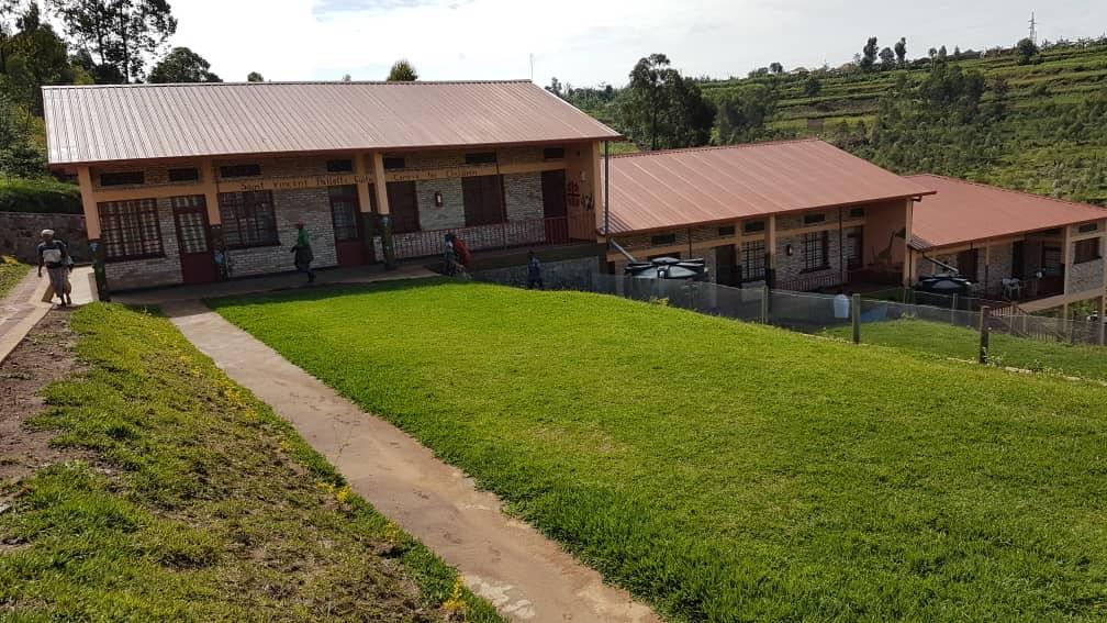 Pomáhame hladujúcim rodinám v Rwande