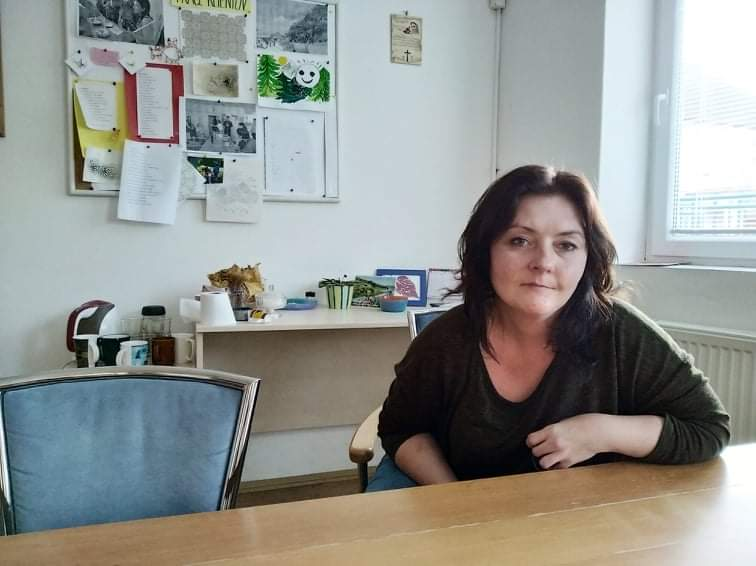 pracovníčka rehabilitačného centra Samária, ktorá pomáha ľuďom s duševnými poruchami